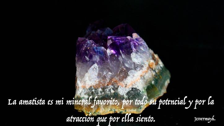 amethyst-1093457_1920